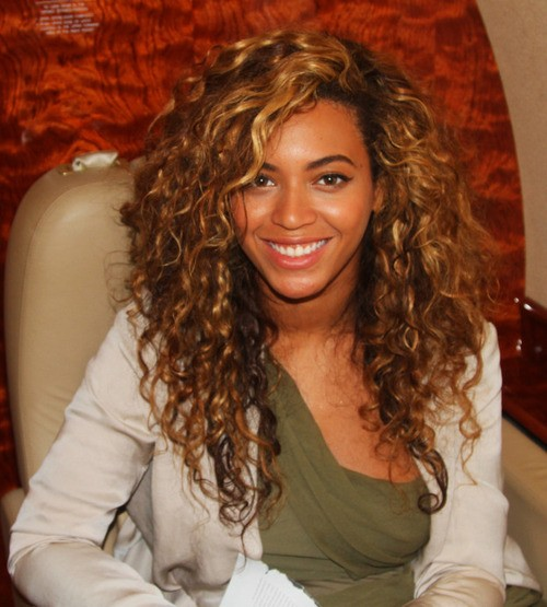 Beyonce curly