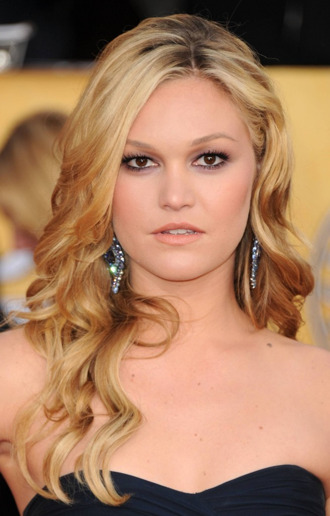Curly Prom Hairstyles For Medium Hair..