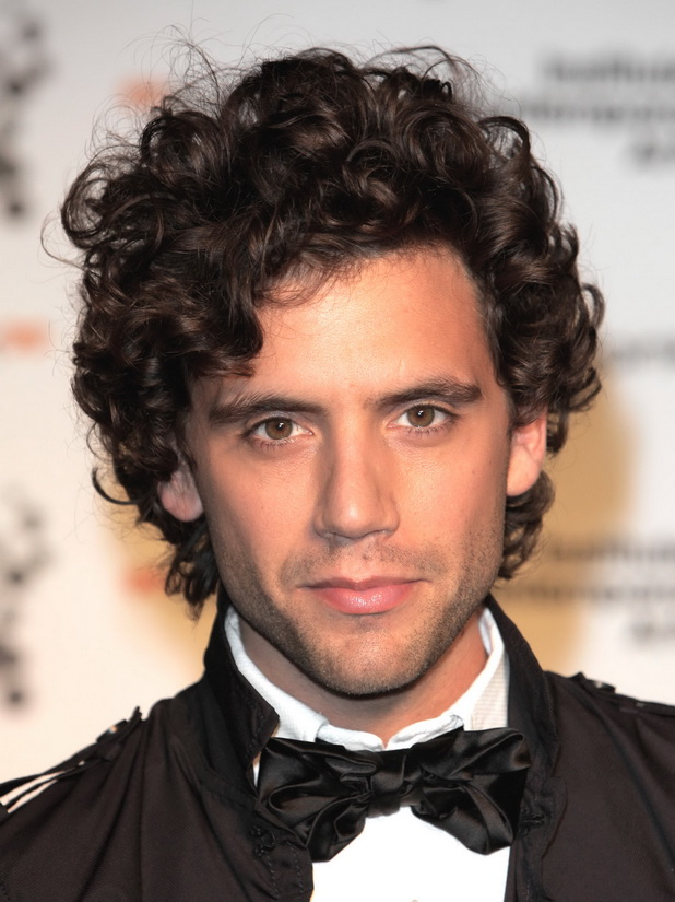 Soft Curly Hairstyles for Men