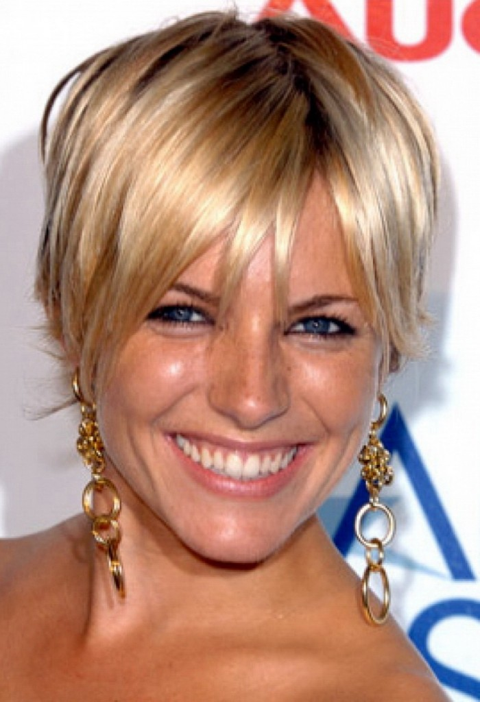 Short Hairstyles For Women Over 50 With Fine Hair - Fave ...