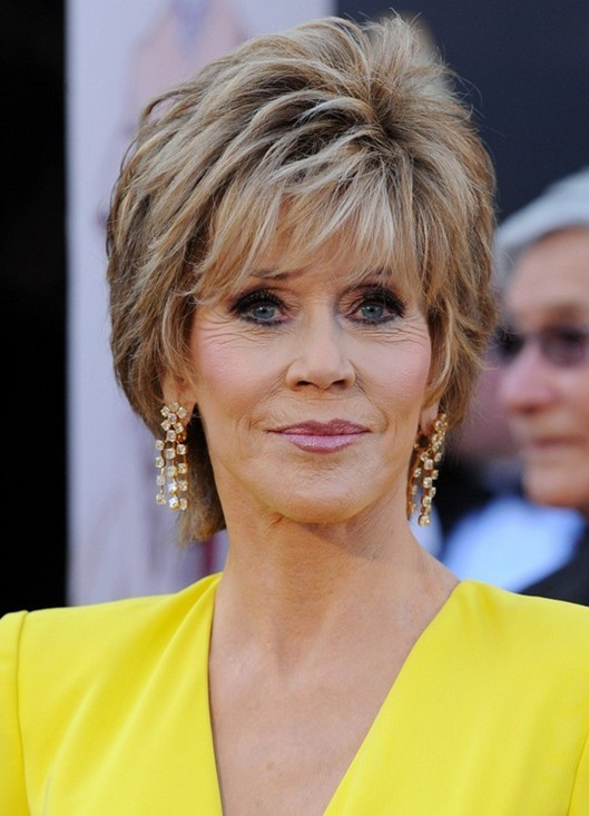Short Hairstyle for Mature Women with Thick Hair