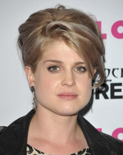 Awesome Short Hairstyles For Round Faces Women39S Fave Hairstyles Short Hairstyles Gunalazisus